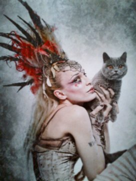 Lola and Emilie Autumn